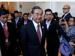 王毅警告日本外相:莫没完没了