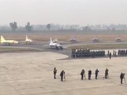 订单完成过半 巴空军16架枭龙举行服役仪式