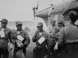 尘封64年中国释放美国战俘画面[图集]