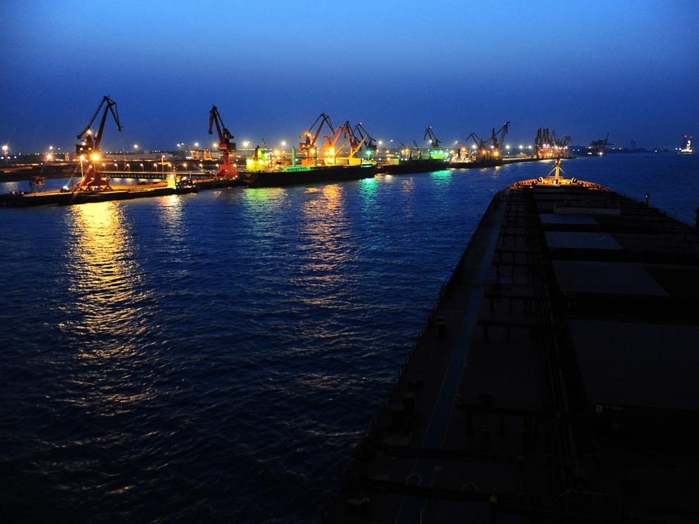 贸易战第一幕落下 日媒揭中国令人意外一面