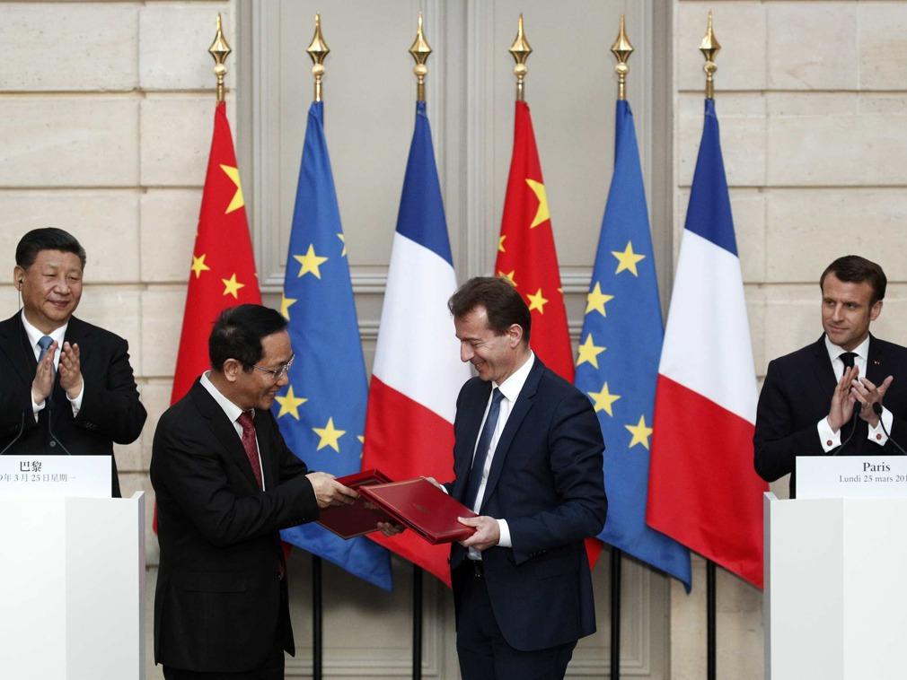 习近平访问法国签15项协议 2348亿买300架飞机[图集]